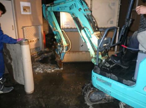マンション貯水槽配管漏水補修工事 緊急対応