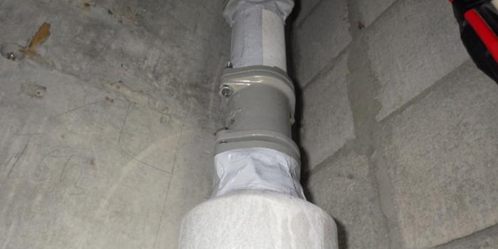 マンション パイプスペース内竪排水管 漏水工事