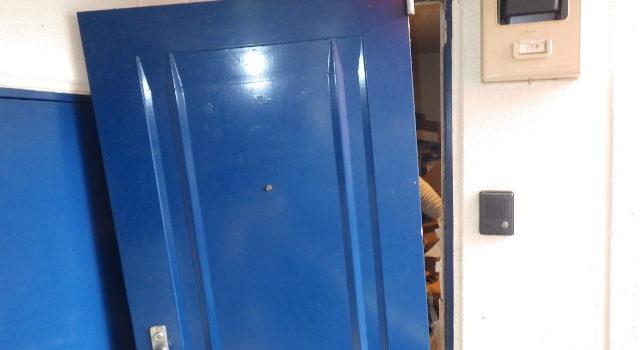 マンション 居室 玄関ドア補修